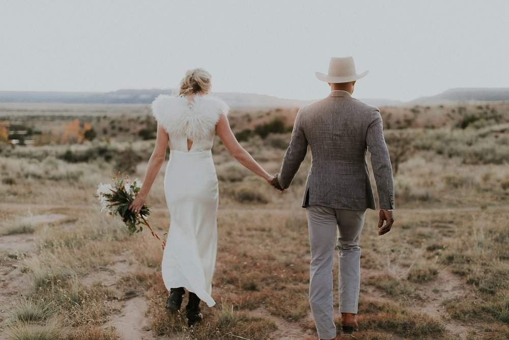 Alicia+lucia+photography+-+albuquerque+wedding+photographer+-+santa+fe+wedding+photography+-+new+mexico+wedding+photographer+-+new+mexico+ghost+ranch+wedding+-+styled+wedding+shoot_0069.jpg