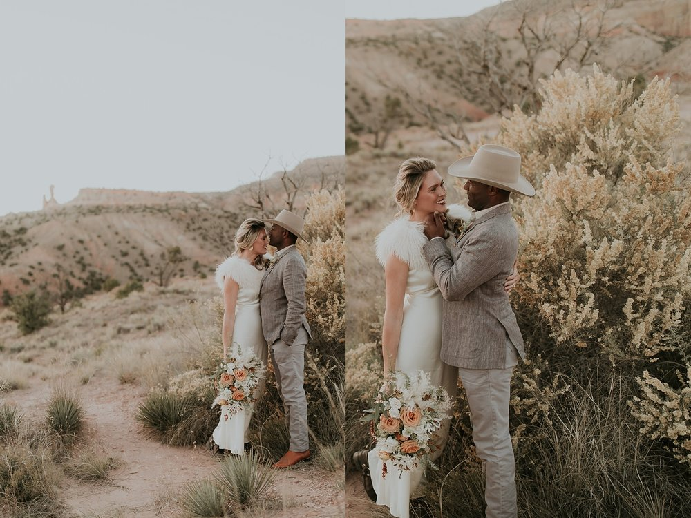 Alicia+lucia+photography+-+albuquerque+wedding+photographer+-+santa+fe+wedding+photography+-+new+mexico+wedding+photographer+-+new+mexico+ghost+ranch+wedding+-+styled+wedding+shoot_0076.jpg
