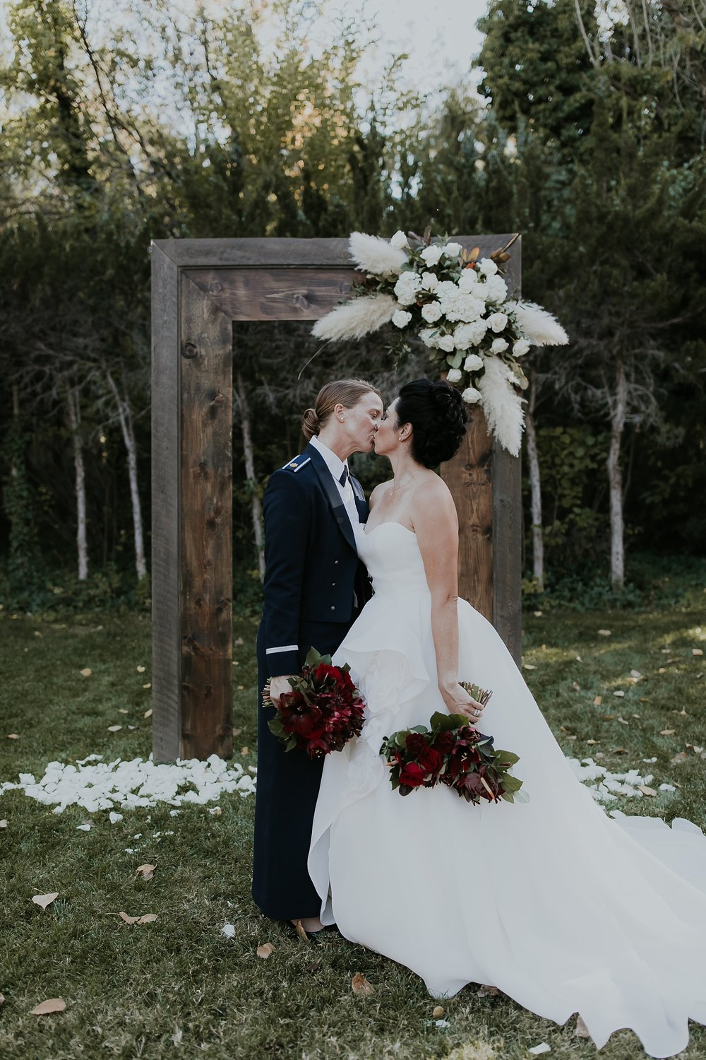 Alicia+lucia+photography+-+albuquerque+wedding+photographer+-+santa+fe+wedding+photography+-+new+mexico+wedding+photographer+-+los+poblanos+wedding+-+los+poblanos+fall+wedding+-+los+poblanos+october+wedding_0074.jpg