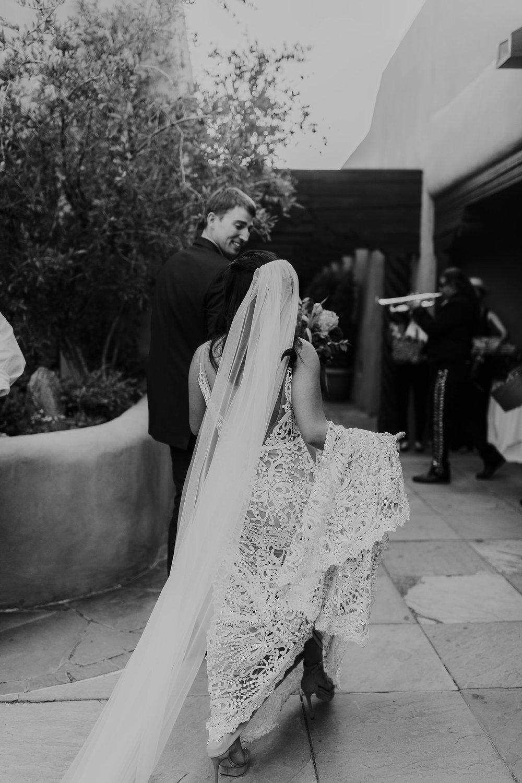 Alicia+lucia+photography+-+albuquerque+wedding+photographer+-+santa+fe+wedding+photography+-+new+mexico+wedding+photographer+-+new+mexico+wedding+-+la+fond+santa+fe+wedding+-+la+fonda+santa+fe+summer+wedding+-+bright+santa+fe+wedding_0075.jpg