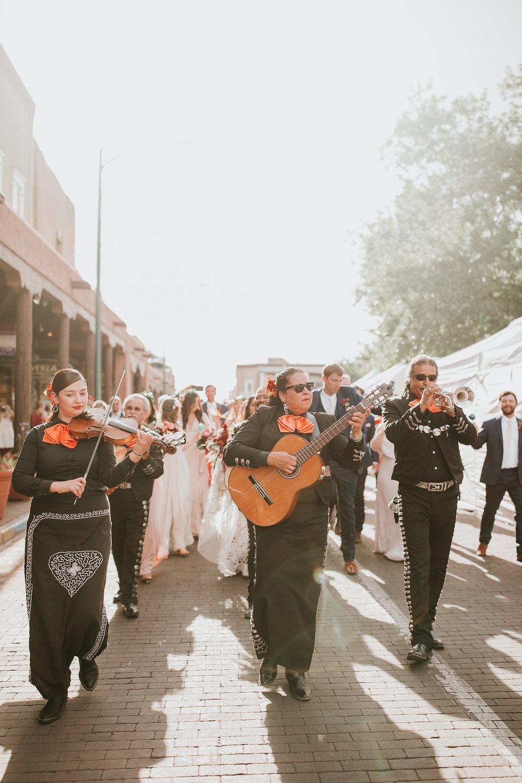 Alicia+lucia+photography+-+albuquerque+wedding+photographer+-+santa+fe+wedding+photography+-+new+mexico+wedding+photographer+-+new+mexico+wedding+-+la+fond+santa+fe+wedding+-+la+fonda+santa+fe+summer+wedding+-+bright+santa+fe+wedding_0082.jpg