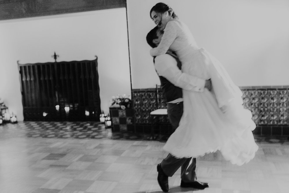 Alicia+lucia+photography+-+albuquerque+wedding+photographer+-+santa+fe+wedding+photography+-+new+mexico+wedding+photographer+-+albuquerque+fall+wedding+-+los+poblanos+albuquerque+-+los+poblanos+wedding+-+los+poblanos+fall+wedding_0126.jpg