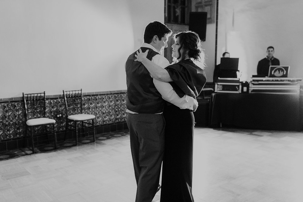 Alicia+lucia+photography+-+albuquerque+wedding+photographer+-+santa+fe+wedding+photography+-+new+mexico+wedding+photographer+-+albuquerque+fall+wedding+-+los+poblanos+albuquerque+-+los+poblanos+wedding+-+los+poblanos+fall+wedding_0131.jpg