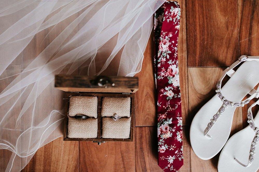 Alicia+lucia+photography+-+albuquerque+wedding+photographer+-+santa+fe+wedding+photography+-+new+mexico+wedding+photographer+-+albuquerque+winter+wedding+-+noahs+event+venue+wedding+-+noahs+event+venue+winter+wedding+-+new+mexico+winter+wedding_0006.jpg