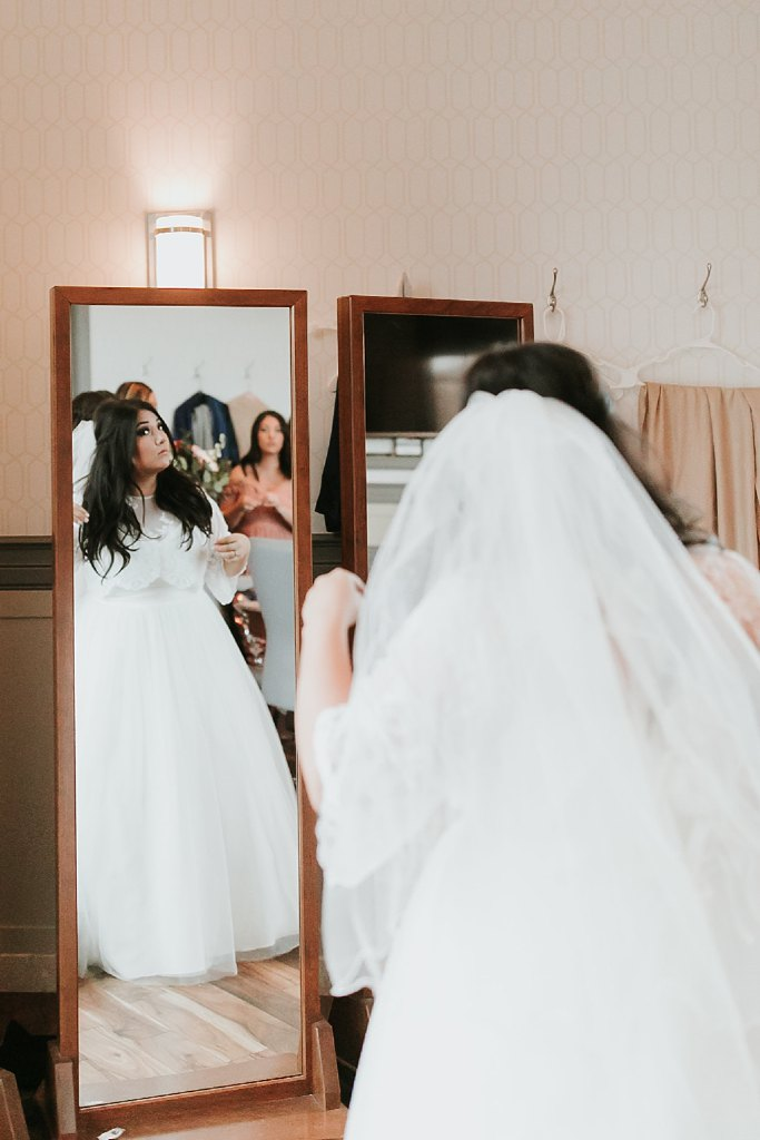 Alicia+lucia+photography+-+albuquerque+wedding+photographer+-+santa+fe+wedding+photography+-+new+mexico+wedding+photographer+-+albuquerque+winter+wedding+-+noahs+event+venue+wedding+-+noahs+event+venue+winter+wedding+-+new+mexico+winter+wedding_0029.jpg