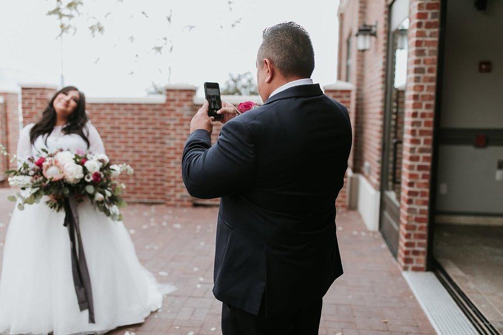 Alicia+lucia+photography+-+albuquerque+wedding+photographer+-+santa+fe+wedding+photography+-+new+mexico+wedding+photographer+-+albuquerque+winter+wedding+-+noahs+event+venue+wedding+-+noahs+event+venue+winter+wedding+-+new+mexico+winter+wedding_0036.jpg