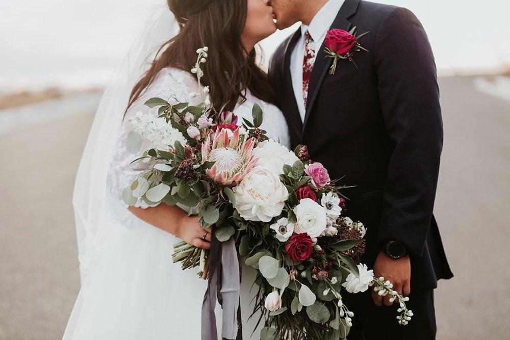 Alicia+lucia+photography+-+albuquerque+wedding+photographer+-+santa+fe+wedding+photography+-+new+mexico+wedding+photographer+-+albuquerque+winter+wedding+-+noahs+event+venue+wedding+-+noahs+event+venue+winter+wedding+-+new+mexico+winter+wedding_0070.jpg