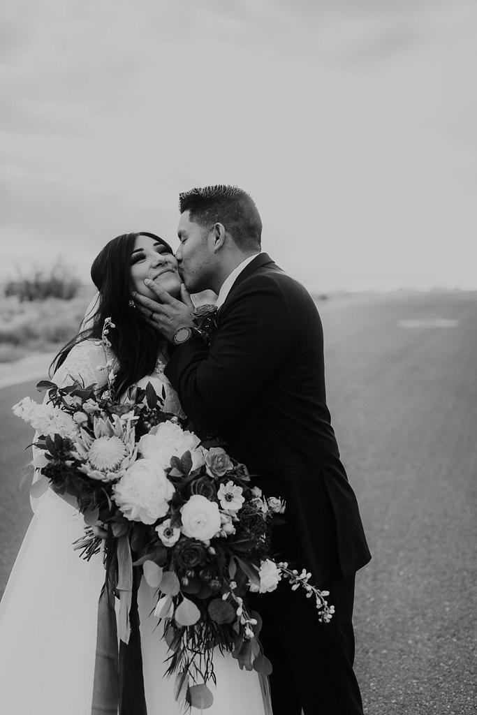 Alicia+lucia+photography+-+albuquerque+wedding+photographer+-+santa+fe+wedding+photography+-+new+mexico+wedding+photographer+-+albuquerque+winter+wedding+-+noahs+event+venue+wedding+-+noahs+event+venue+winter+wedding+-+new+mexico+winter+wedding_0071.jpg