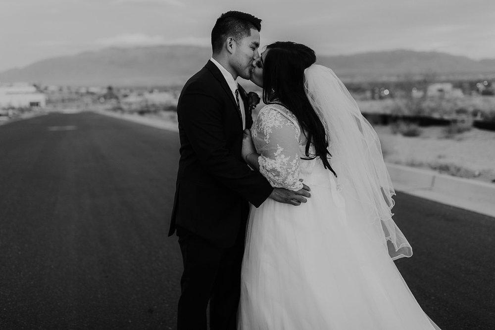 Alicia+lucia+photography+-+albuquerque+wedding+photographer+-+santa+fe+wedding+photography+-+new+mexico+wedding+photographer+-+albuquerque+winter+wedding+-+noahs+event+venue+wedding+-+noahs+event+venue+winter+wedding+-+new+mexico+winter+wedding_0090.jpg