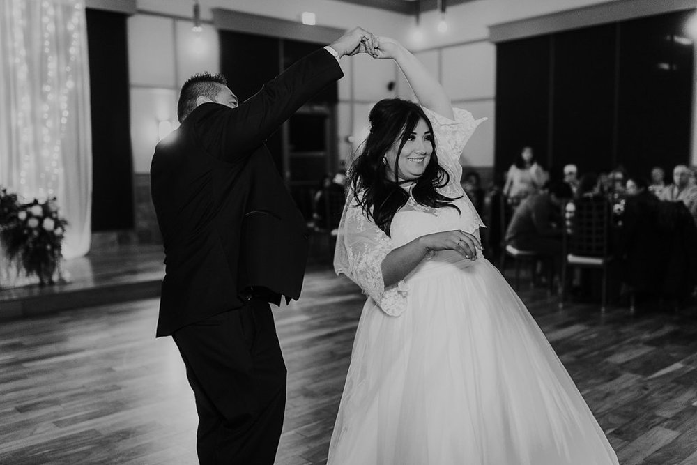 Alicia+lucia+photography+-+albuquerque+wedding+photographer+-+santa+fe+wedding+photography+-+new+mexico+wedding+photographer+-+albuquerque+winter+wedding+-+noahs+event+venue+wedding+-+noahs+event+venue+winter+wedding+-+new+mexico+winter+wedding_0098.jpg
