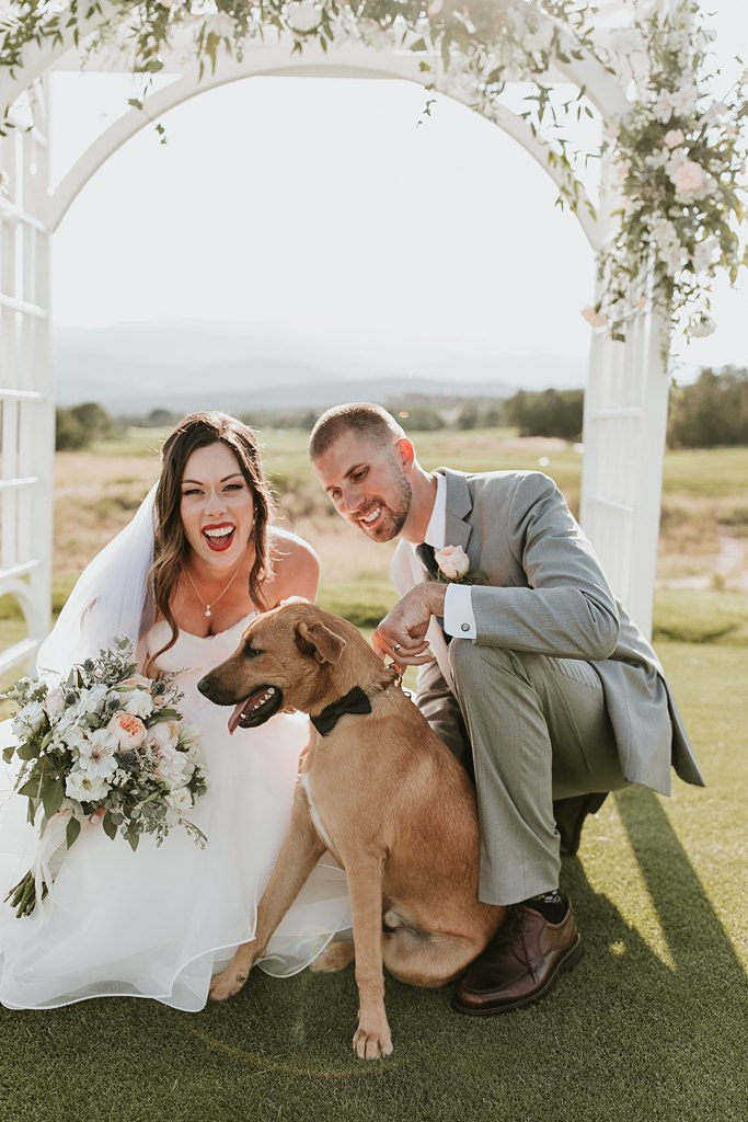 Alicia+lucia+photography+-+albuquerque+wedding+photographer+-+santa+fe+wedding+photography+-+new+mexico+wedding+photographer+-+albuquerque+wedding+-+santa+fe+wedding+-+dogs+in+weddings+-+wedding+dogs+-+real+weddings_0040.jpg