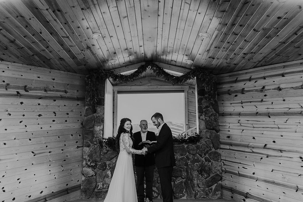 Alicia+lucia+photography+-+albuquerque+wedding+photographer+-+santa+fe+wedding+photography+-+new+mexico+wedding+photographer+-+eagles+nest+new+mexico+-+eagles+nest+wedding+-+eagles+nest+elopement+-+winter+wedding_0018.jpg