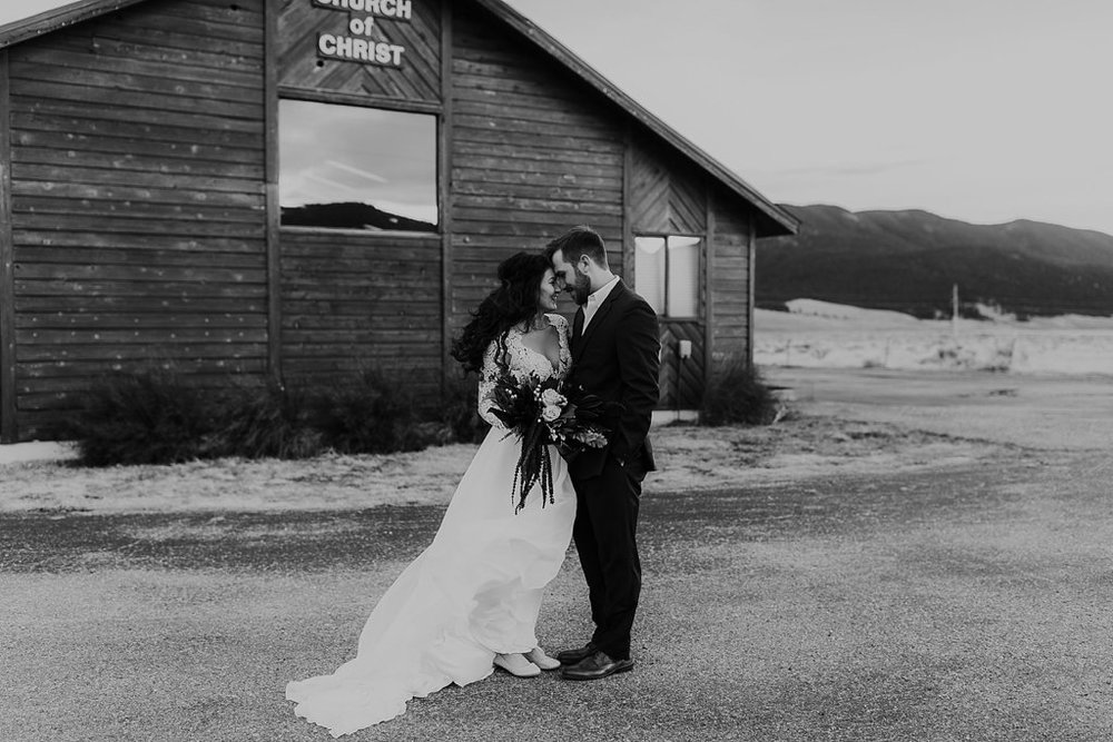 Alicia+lucia+photography+-+albuquerque+wedding+photographer+-+santa+fe+wedding+photography+-+new+mexico+wedding+photographer+-+eagles+nest+new+mexico+-+eagles+nest+wedding+-+eagles+nest+elopement+-+winter+wedding_0026.jpg