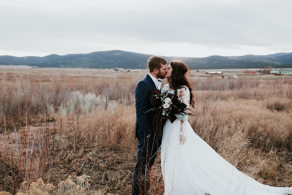 Alicia+lucia+photography+-+albuquerque+wedding+photographer+-+santa+fe+wedding+photography+-+new+mexico+wedding+photographer+-+eagles+nest+new+mexico+-+eagles+nest+wedding+-+eagles+nest+elopement+-+winter+wedding_0037.jpg