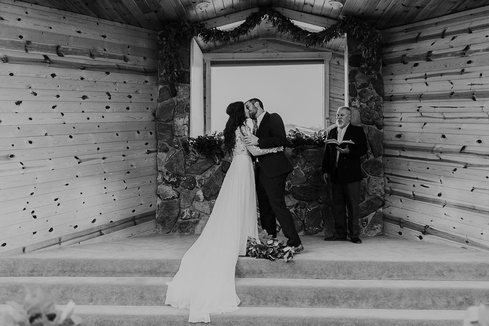 Alicia+lucia+photography+-+albuquerque+wedding+photographer+-+santa+fe+wedding+photography+-+new+mexico+wedding+photographer+-+eagles+nest+new+mexico+-+eagles+nest+wedding+-+eagles+nest+elopement+-+winter+wedding_0065.jpg