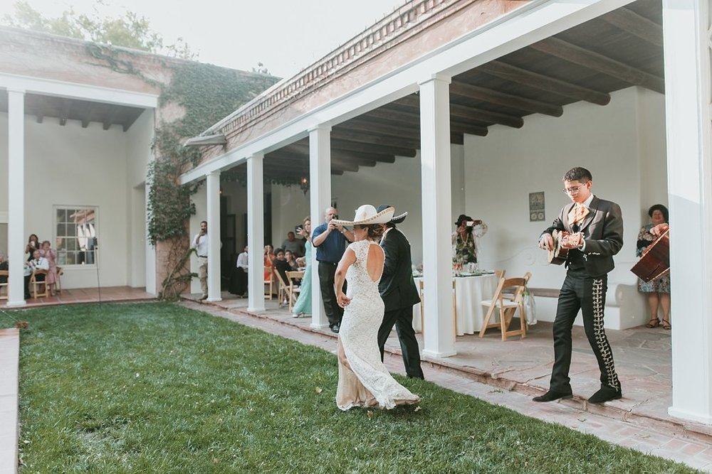 Alicia+lucia+photography+-+albuquerque+wedding+photographer+-+santa+fe+wedding+photography+-+new+mexico+wedding+photographer+-+los+poblanos+wedding+-+los+poblanos+august+wedding_0085.jpg