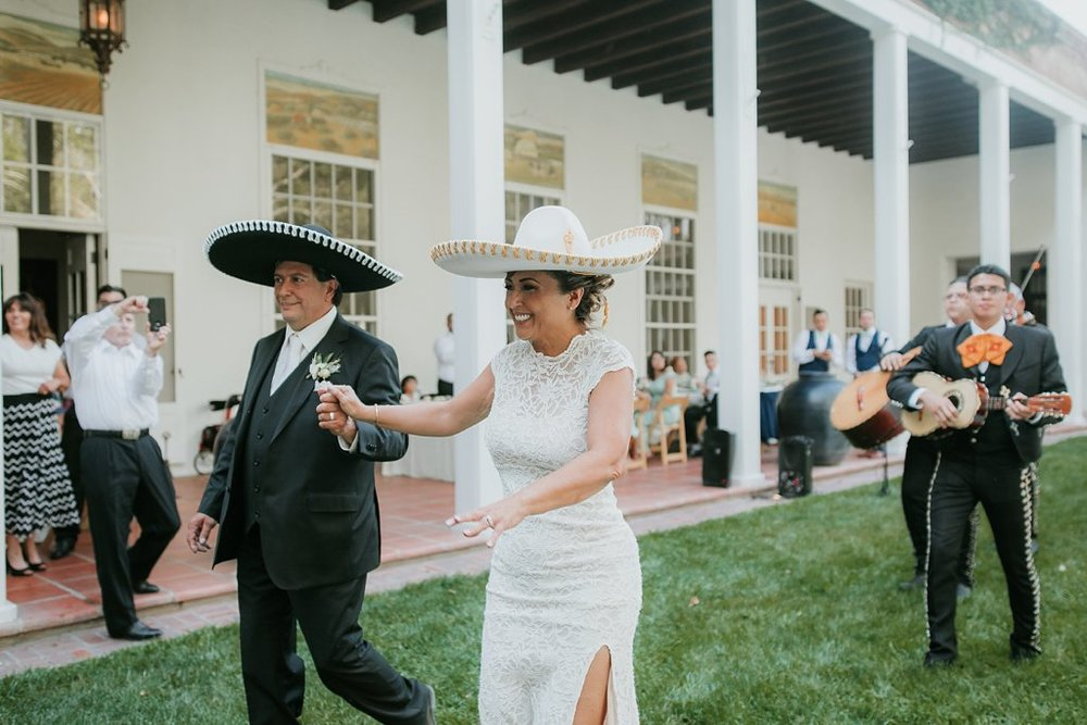 Alicia+lucia+photography+-+albuquerque+wedding+photographer+-+santa+fe+wedding+photography+-+new+mexico+wedding+photographer+-+los+poblanos+wedding+-+los+poblanos+august+wedding_0086.jpg