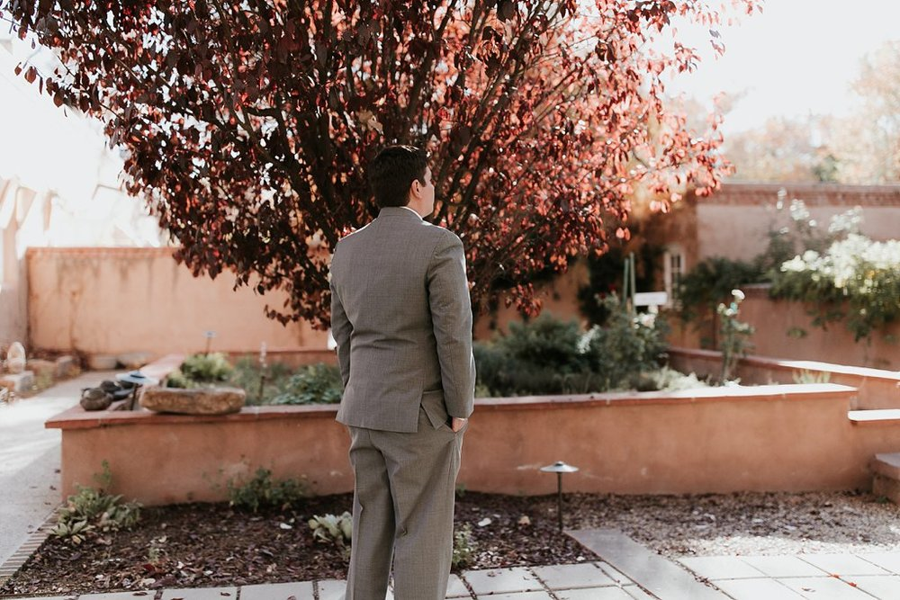 Alicia+lucia+photography+-+albuquerque+wedding+photographer+-+santa+fe+wedding+photography+-+new+mexico+wedding+photographer+-+real+weddings+-+wedding+first+look+advice_0022.jpg