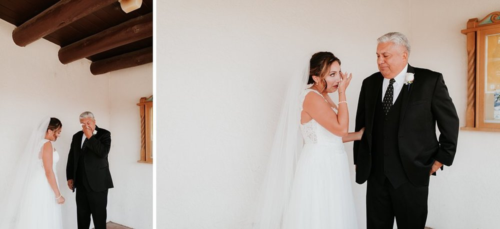 Alicia+lucia+photography+-+albuquerque+wedding+photographer+-+santa+fe+wedding+photography+-+new+mexico+wedding+photographer+-+taos+new+mexico+-+taos+wedding+-+el+monte+sagrado+wedding+-+winter+wedding_0024.jpg