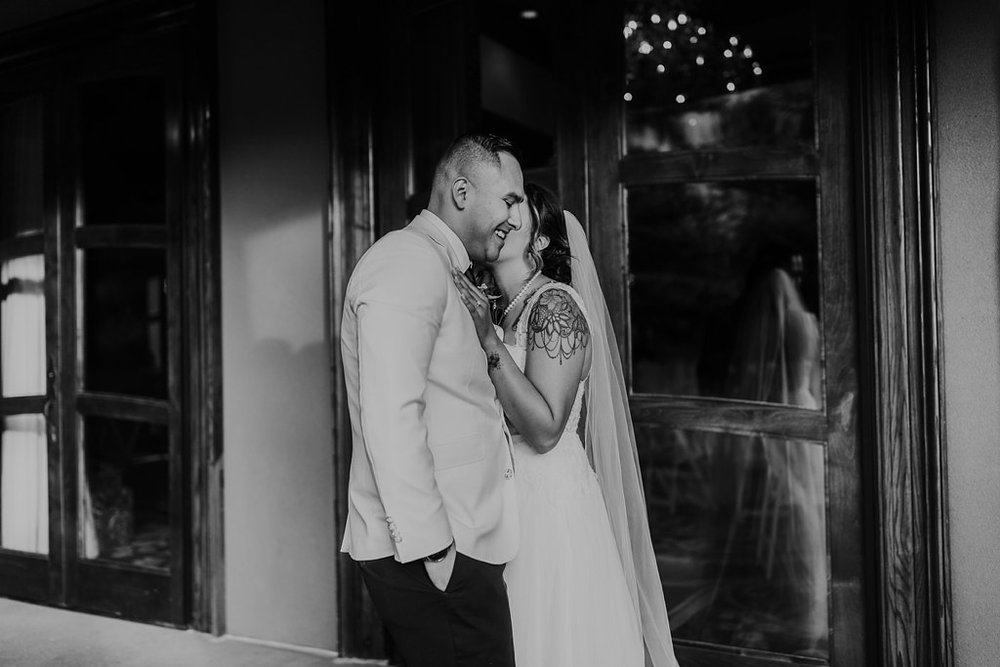 Alicia+lucia+photography+-+albuquerque+wedding+photographer+-+santa+fe+wedding+photography+-+new+mexico+wedding+photographer+-+taos+new+mexico+-+taos+wedding+-+el+monte+sagrado+wedding+-+winter+wedding_0091.jpg