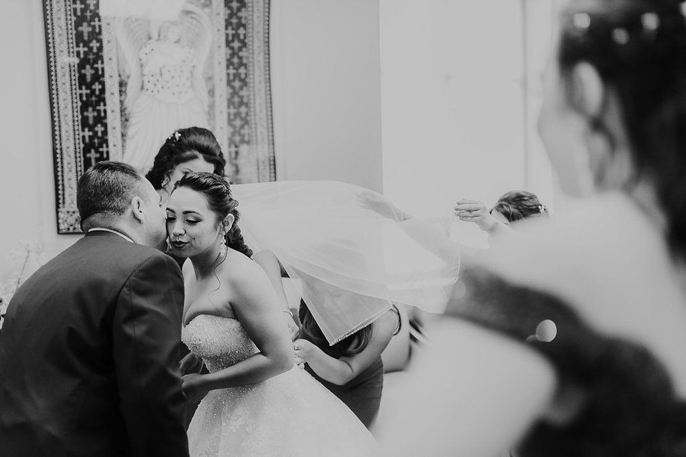 Alicia+lucia+photography+-+albuquerque+wedding+photographer+-+santa+fe+wedding+photography+-+new+mexico+wedding+photographer+-+albuquerque+wedding+-+albuquerque+winter+wedding_0003.jpg
