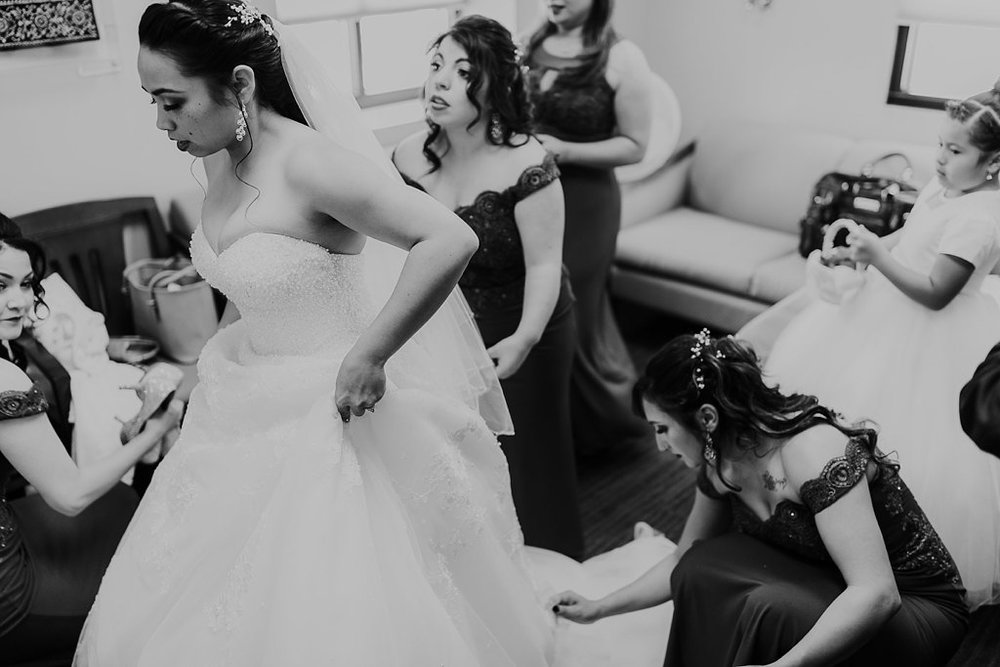 Alicia+lucia+photography+-+albuquerque+wedding+photographer+-+santa+fe+wedding+photography+-+new+mexico+wedding+photographer+-+albuquerque+wedding+-+albuquerque+winter+wedding_0004.jpg