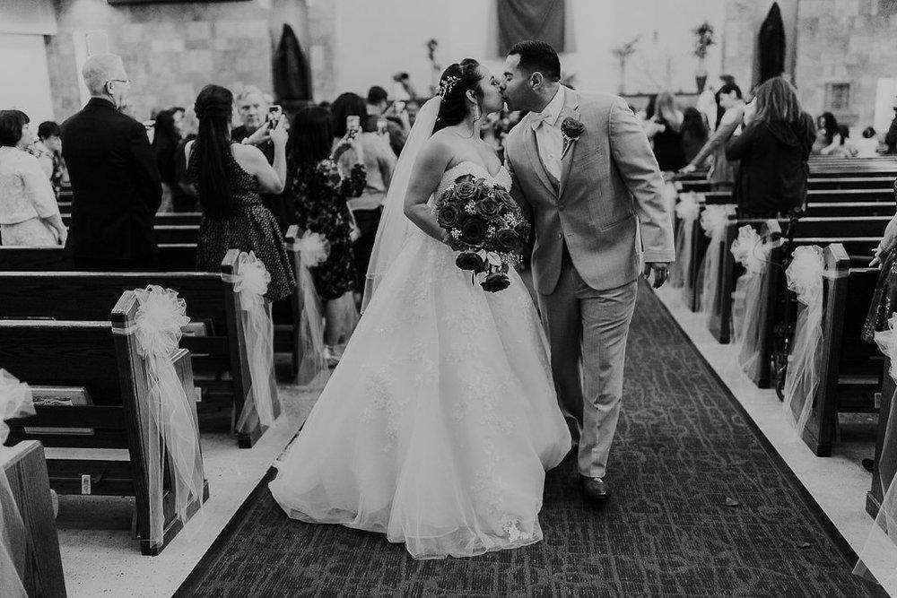 Alicia+lucia+photography+-+albuquerque+wedding+photographer+-+santa+fe+wedding+photography+-+new+mexico+wedding+photographer+-+albuquerque+wedding+-+albuquerque+winter+wedding_0040.jpg