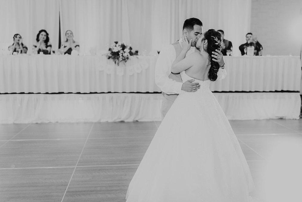 Alicia+lucia+photography+-+albuquerque+wedding+photographer+-+santa+fe+wedding+photography+-+new+mexico+wedding+photographer+-+albuquerque+wedding+-+albuquerque+winter+wedding_0095.jpg