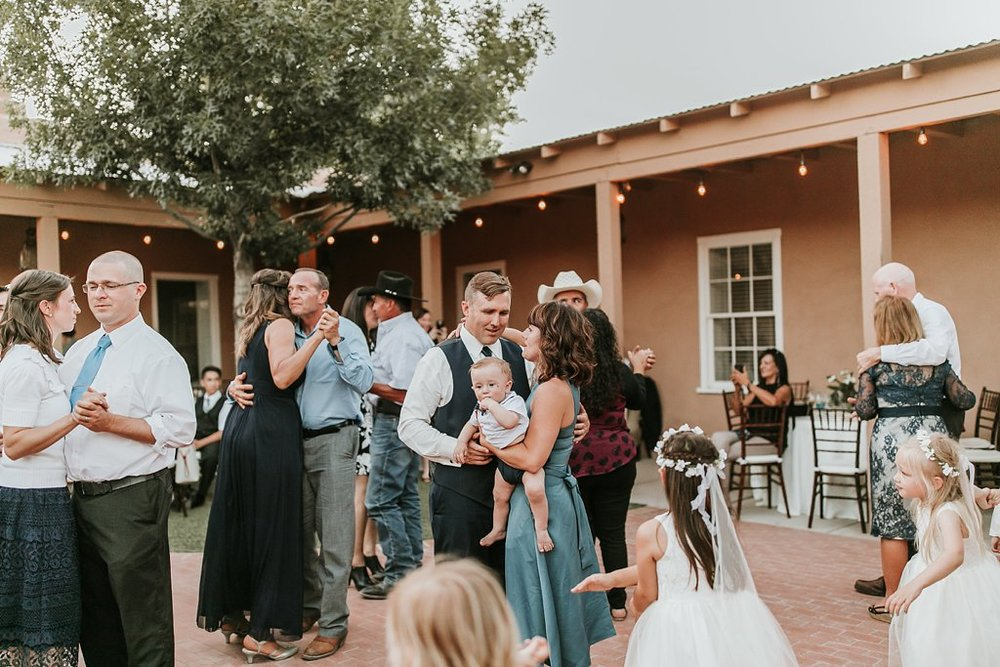 Alicia+lucia+photography+-+albuquerque+wedding+photographer+-+santa+fe+wedding+photography+-+new+mexico+wedding+photographer+-+old+town+albuquerque+wedding+-+el+zocalo+wedding+-+new+mexcio+spring+wedding_0131.jpg