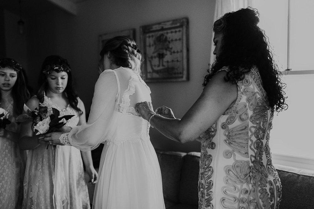 Alicia+lucia+photography+-+albuquerque+wedding+photographer+-+santa+fe+wedding+photography+-+new+mexico+wedding+photographer+-+los+poblanos+wedding+-+los+poblanos+summer+wedding+-+rainy+los+poblanos+wedding_0014.jpg