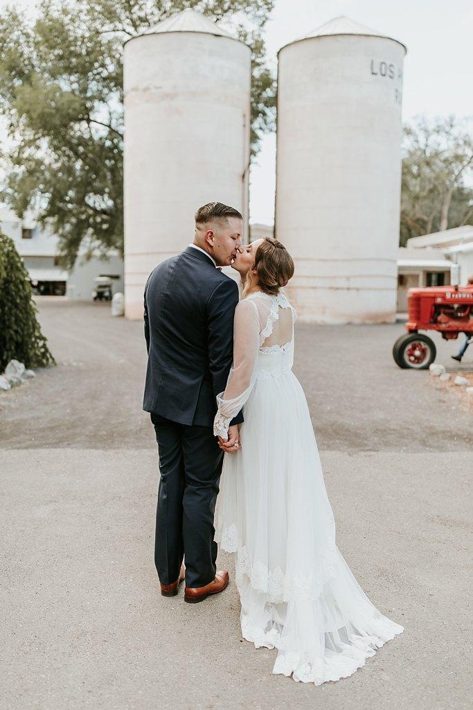 Alicia+lucia+photography+-+albuquerque+wedding+photographer+-+santa+fe+wedding+photography+-+new+mexico+wedding+photographer+-+los+poblanos+wedding+-+los+poblanos+summer+wedding+-+rainy+los+poblanos+wedding_0094.jpg