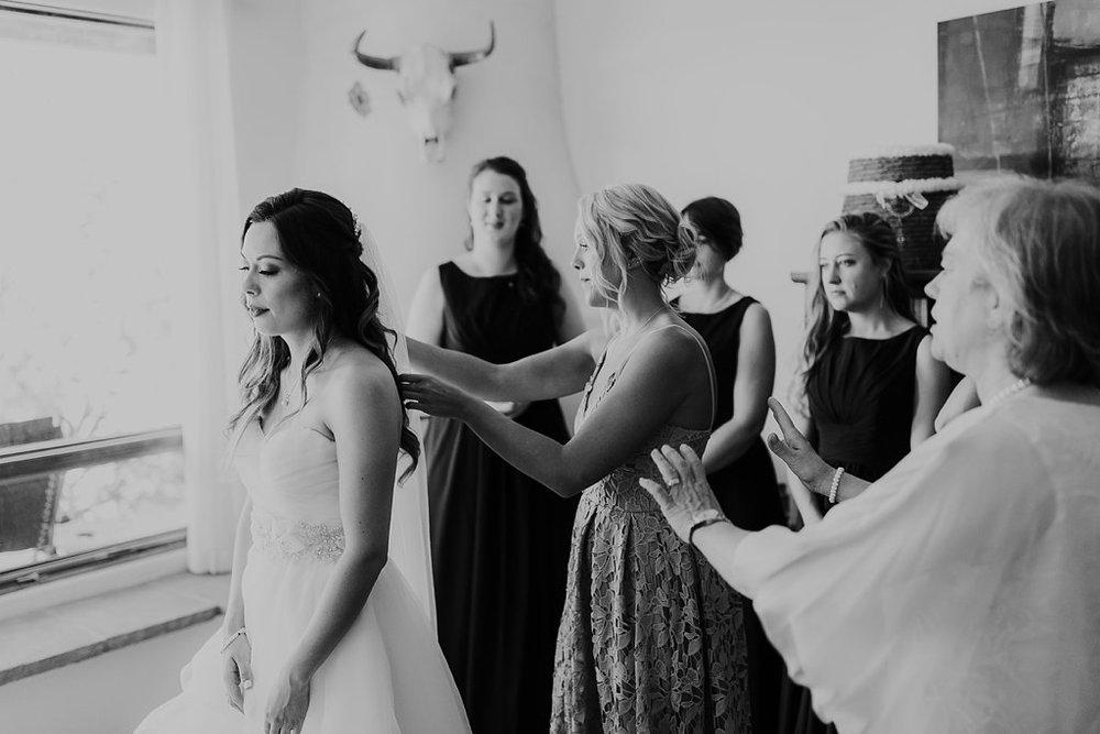 Alicia+lucia+photography+-+albuquerque+wedding+photographer+-+santa+fe+wedding+photography+-+new+mexico+wedding+photographer+-+albuquerque+wedding+-+paako+ridge+golf+club+-+paako+ridge+golf+club+wedding_0016.jpg
