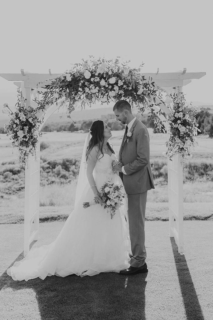 Alicia+lucia+photography+-+albuquerque+wedding+photographer+-+santa+fe+wedding+photography+-+new+mexico+wedding+photographer+-+albuquerque+wedding+-+paako+ridge+golf+club+-+paako+ridge+golf+club+wedding_0057.jpg