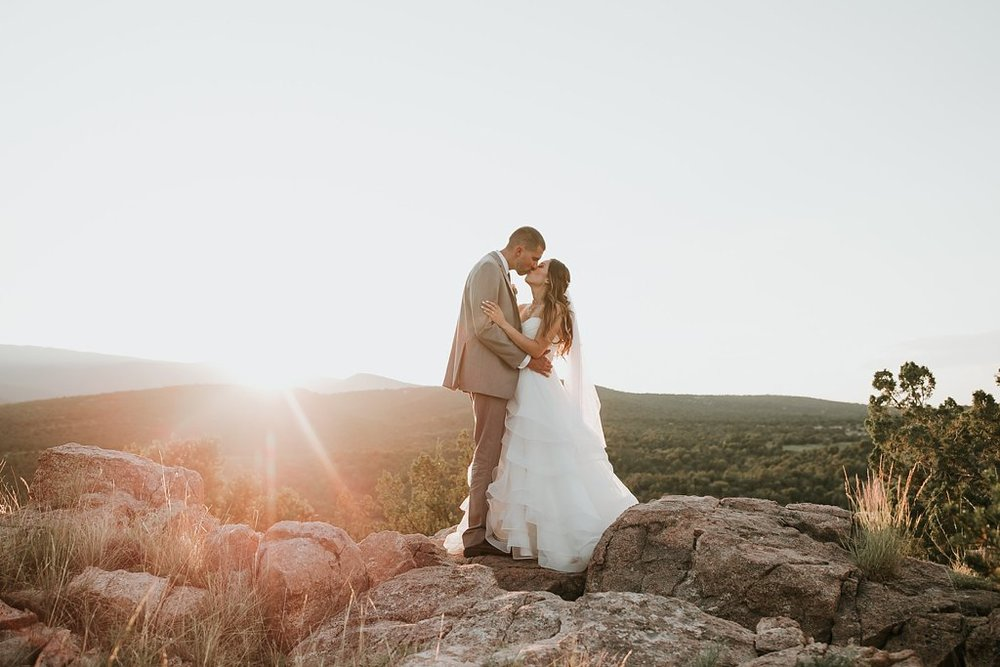 Alicia+lucia+photography+-+albuquerque+wedding+photographer+-+santa+fe+wedding+photography+-+new+mexico+wedding+photographer+-+albuquerque+wedding+-+paako+ridge+golf+club+-+paako+ridge+golf+club+wedding_0072.jpg