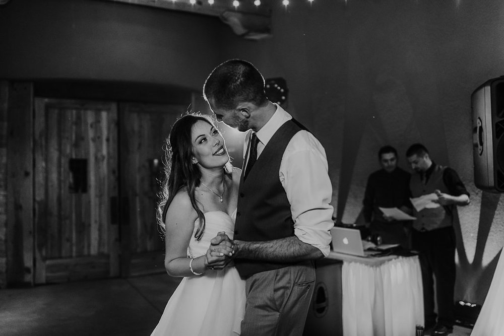 Alicia+lucia+photography+-+albuquerque+wedding+photographer+-+santa+fe+wedding+photography+-+new+mexico+wedding+photographer+-+albuquerque+wedding+-+paako+ridge+golf+club+-+paako+ridge+golf+club+wedding_0105.jpg