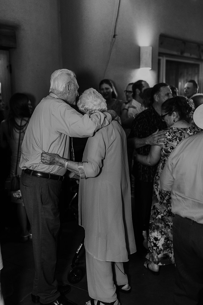 Alicia+lucia+photography+-+albuquerque+wedding+photographer+-+santa+fe+wedding+photography+-+new+mexico+wedding+photographer+-+albuquerque+wedding+-+paako+ridge+golf+club+-+paako+ridge+golf+club+wedding_0112.jpg