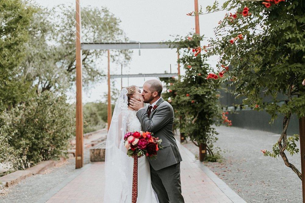 Alicia+lucia+photography+-+albuquerque+wedding+photographer+-+santa+fe+wedding+photography+-+new+mexico+wedding+photographer+-+new+mexico+wedding+-+santa+fe+wedding+-+site+santa+fe+wedding_0114.jpg