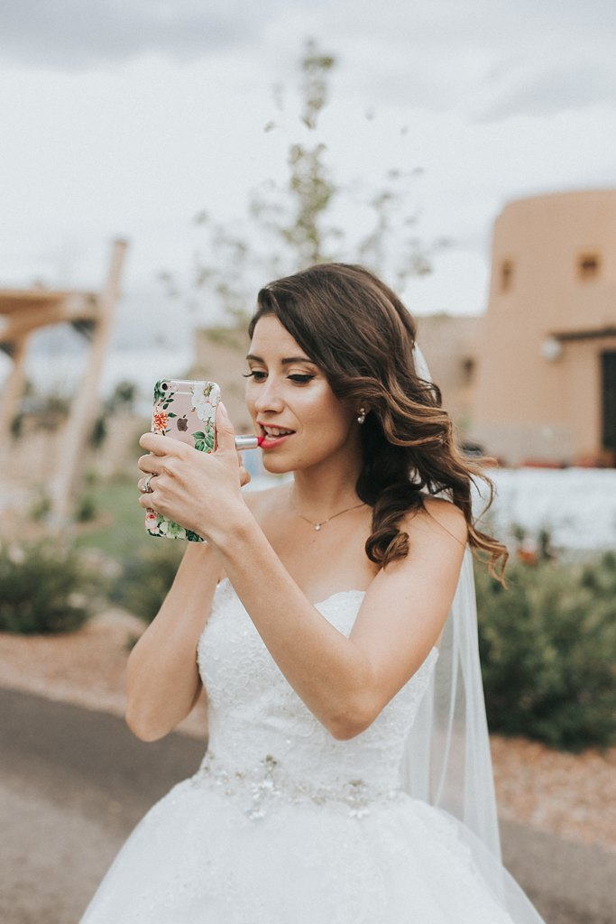 Alicia+lucia+photography+-+albuquerque+wedding+photographer+-+santa+fe+wedding+photography+-+new+mexico+wedding+photographer+-+new+mexico+wedding+-+makeup+artist+-+hair+stylist_0030.jpg