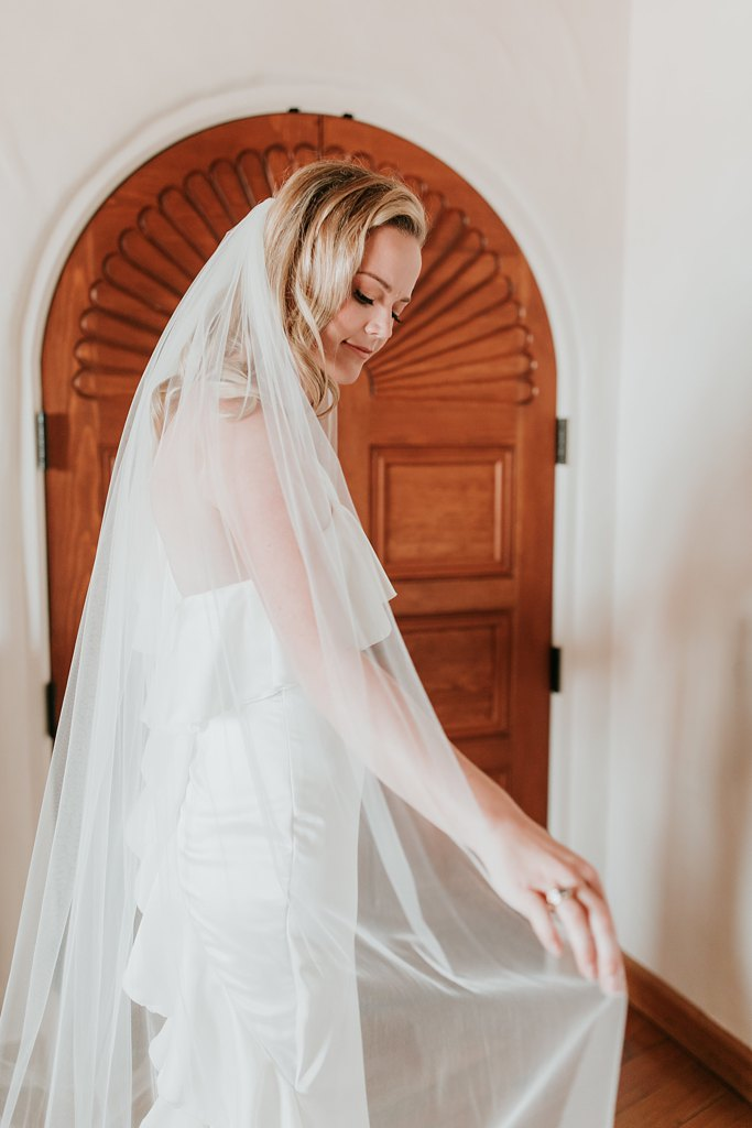 Alicia+lucia+photography+-+albuquerque+wedding+photographer+-+santa+fe+wedding+photography+-+new+mexico+wedding+photographer+-+new+mexico+wedding+-+la+fonda+on+the+plaza+-+la+fonda+late+summer+wedding_0010.jpg