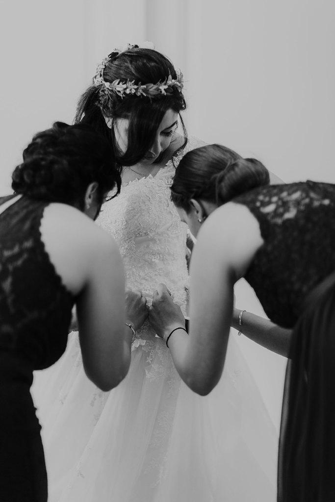 Alicia+lucia+photography+-+albuquerque+wedding+photographer+-+santa+fe+wedding+photography+-+new+mexico+wedding+photographer+-+new+mexico+wedding+-+santa+fe+wedding+-+albuquerque+wedding+-+wedding+dresses+-+fall+wedding+dress_0013.jpg