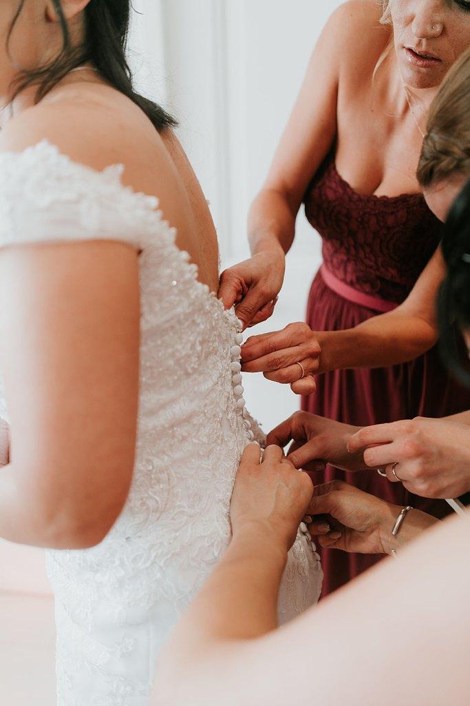 Alicia+lucia+photography+-+albuquerque+wedding+photographer+-+santa+fe+wedding+photography+-+new+mexico+wedding+photographer+-+new+mexico+wedding+-+santa+fe+wedding+-+albuquerque+wedding+-+wedding+dresses+-+fall+wedding+dress_0014.jpg
