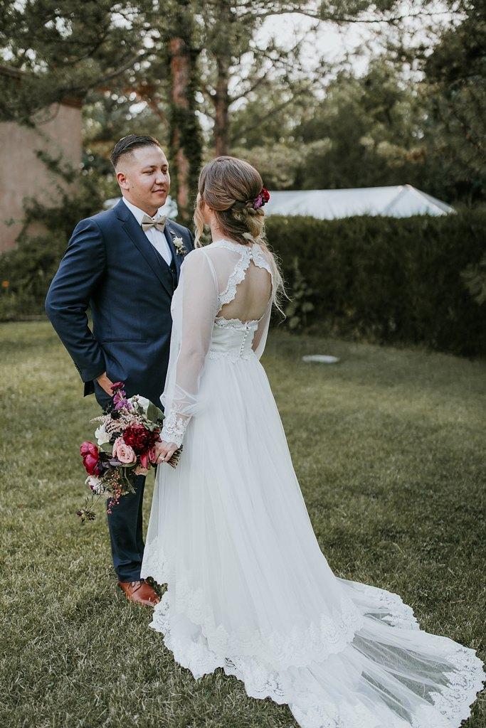 Alicia+lucia+photography+-+albuquerque+wedding+photographer+-+santa+fe+wedding+photography+-+new+mexico+wedding+photographer+-+new+mexico+wedding+-+santa+fe+wedding+-+albuquerque+wedding+-+wedding+dresses+-+fall+wedding+dress_0018.jpg