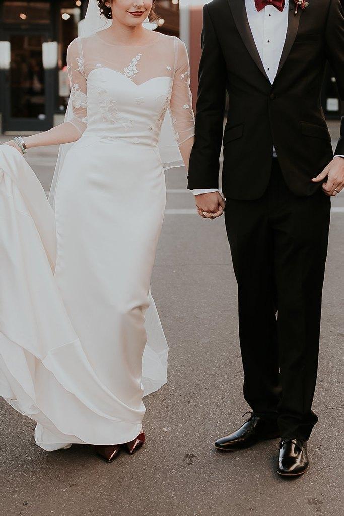 Alicia+lucia+photography+-+albuquerque+wedding+photographer+-+santa+fe+wedding+photography+-+new+mexico+wedding+photographer+-+new+mexico+wedding+-+santa+fe+wedding+-+albuquerque+wedding+-+wedding+dresses+-+fall+wedding+dress_0025.jpg