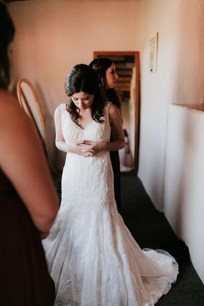 Alicia+lucia+photography+-+albuquerque+wedding+photographer+-+santa+fe+wedding+photography+-+new+mexico+wedding+photographer+-+new+mexico+wedding+-+santa+fe+wedding+-+albuquerque+wedding+-+wedding+dresses+-+fall+wedding+dress_0042.jpg