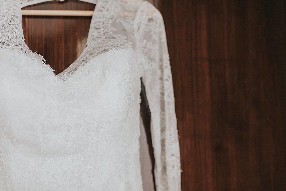 Alicia+lucia+photography+-+albuquerque+wedding+photographer+-+santa+fe+wedding+photography+-+new+mexico+wedding+photographer+-+new+mexico+wedding+-+santa+fe+wedding+-+albuquerque+wedding+-+wedding+dresses+-+fall+wedding+dress_0066.jpg
