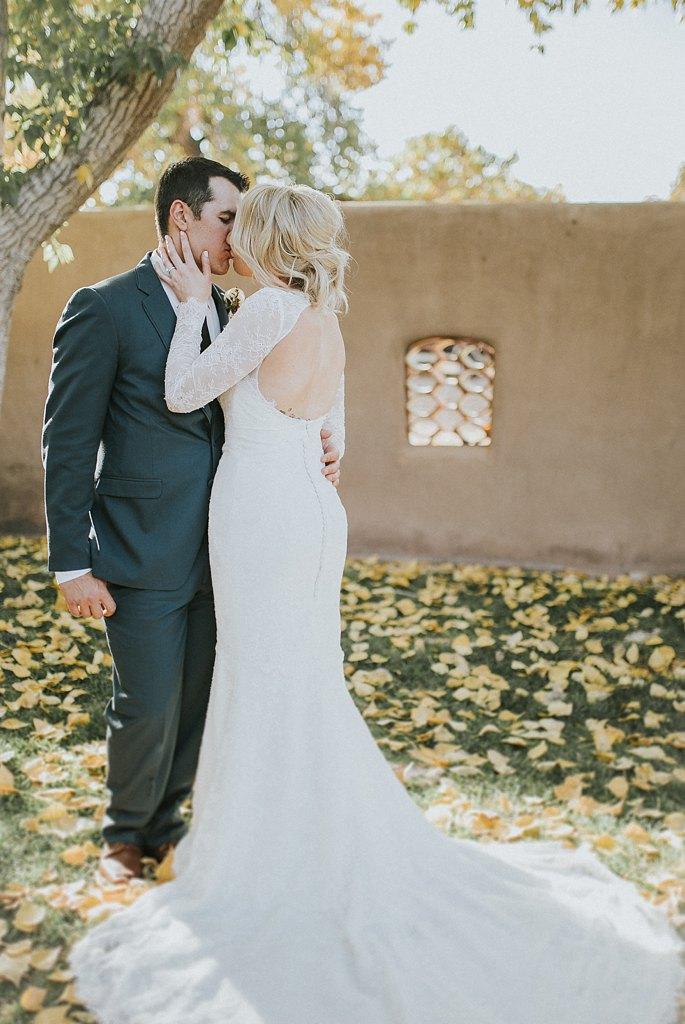 Alicia+lucia+photography+-+albuquerque+wedding+photographer+-+santa+fe+wedding+photography+-+new+mexico+wedding+photographer+-+new+mexico+wedding+-+santa+fe+wedding+-+albuquerque+wedding+-+wedding+dresses+-+fall+wedding+dress_0065.jpg