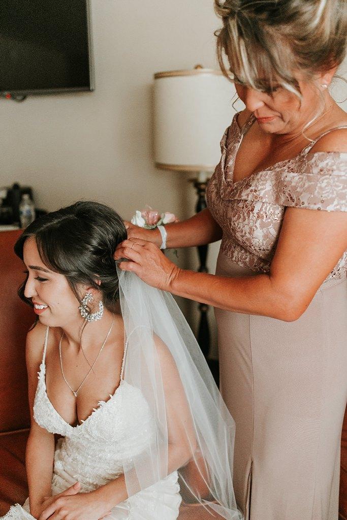 Alicia+lucia+photography+-+albuquerque+wedding+photographer+-+santa+fe+wedding+photography+-+new+mexico+wedding+photographer+-+new+mexico+wedding+-+albuquerque+wedding+-+hotel+albuquerque+wedding_0012.jpg