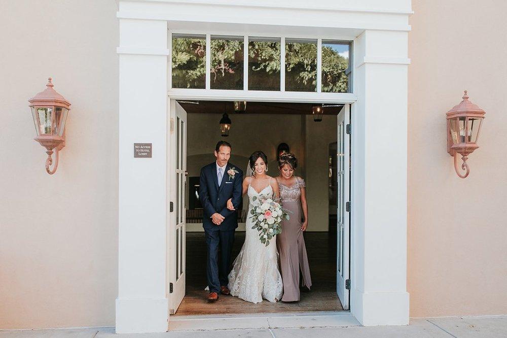 Alicia+lucia+photography+-+albuquerque+wedding+photographer+-+santa+fe+wedding+photography+-+new+mexico+wedding+photographer+-+new+mexico+wedding+-+albuquerque+wedding+-+hotel+albuquerque+wedding_0027.jpg