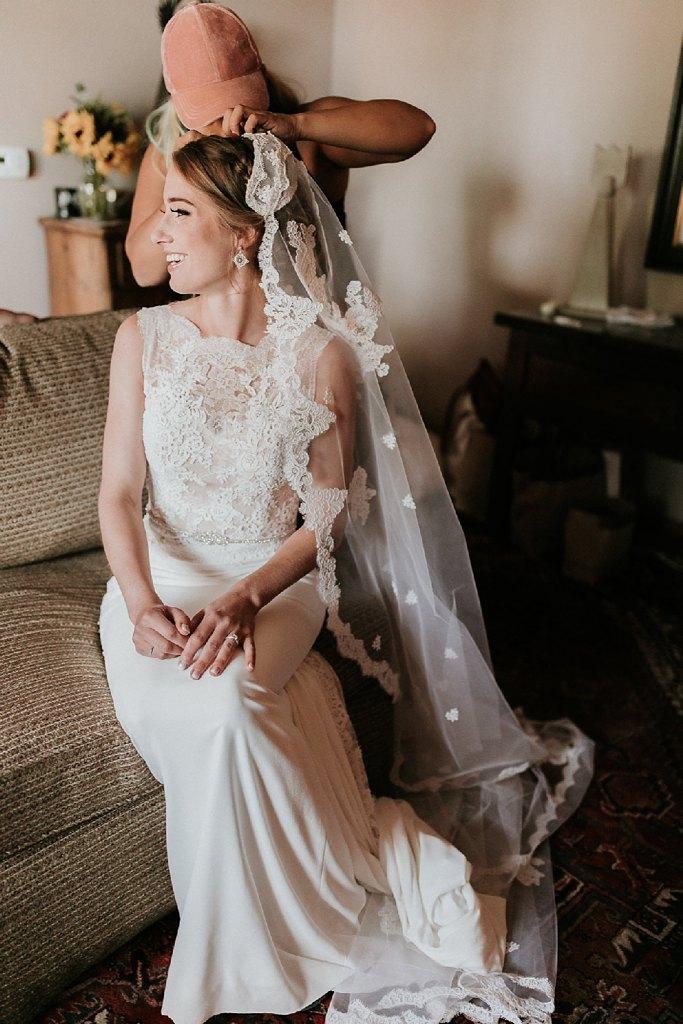 Alicia+lucia+photography+-+albuquerque+wedding+photographer+-+santa+fe+wedding+photography+-+new+mexico+wedding+photographer+-+new+mexico+wedding+-+santa+fe+wedding+-+albuquerque+wedding+-+bridal+accessories_0011.jpg