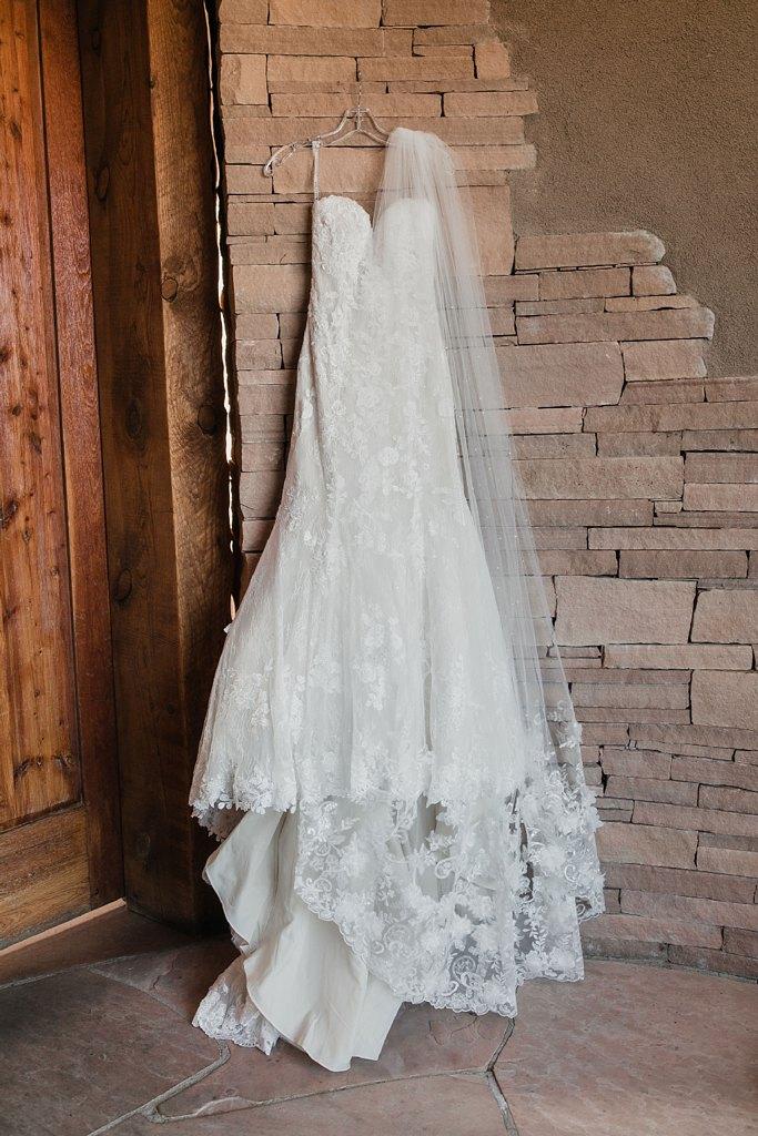 Alicia+lucia+photography+-+albuquerque+wedding+photographer+-+santa+fe+wedding+photography+-+new+mexico+wedding+photographer+-+new+mexico+wedding+-+santa+fe+wedding+-+albuquerque+wedding+-+bridal+accessories_0019.jpg